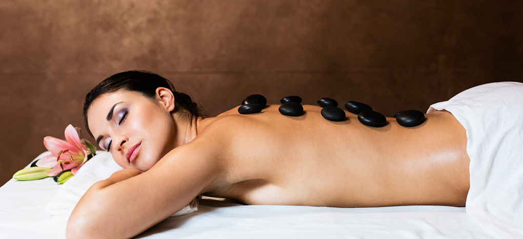 Hot Stone Massage Ruhepol Wellness
